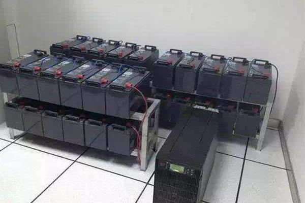 山特UPS蓄电池组